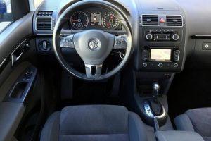 VW Touran 1.6 TDi DSG Highline