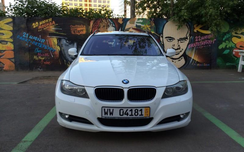 В продаже BMW 320xd — обалденный универсальчик :)